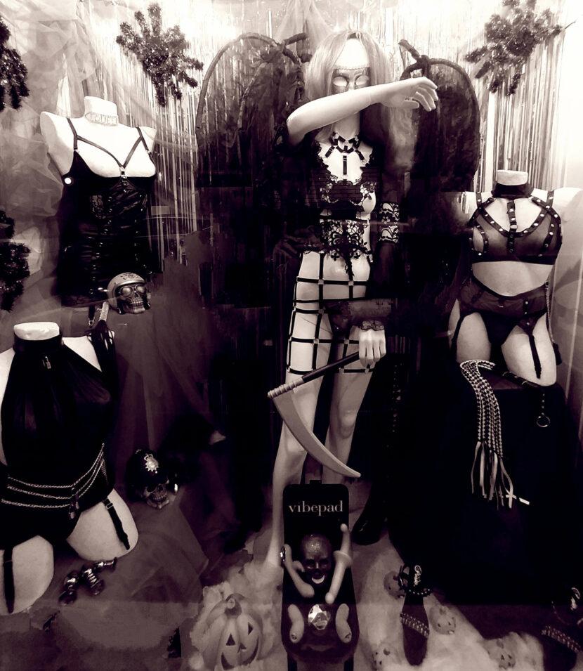 Halloween-Party-Sexy-Costume-Sexy-Shop-Bologna